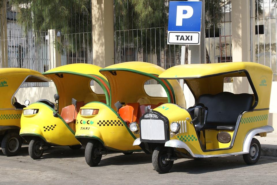 7 сказочных мест на Кубе. Такси.Тук-Тук