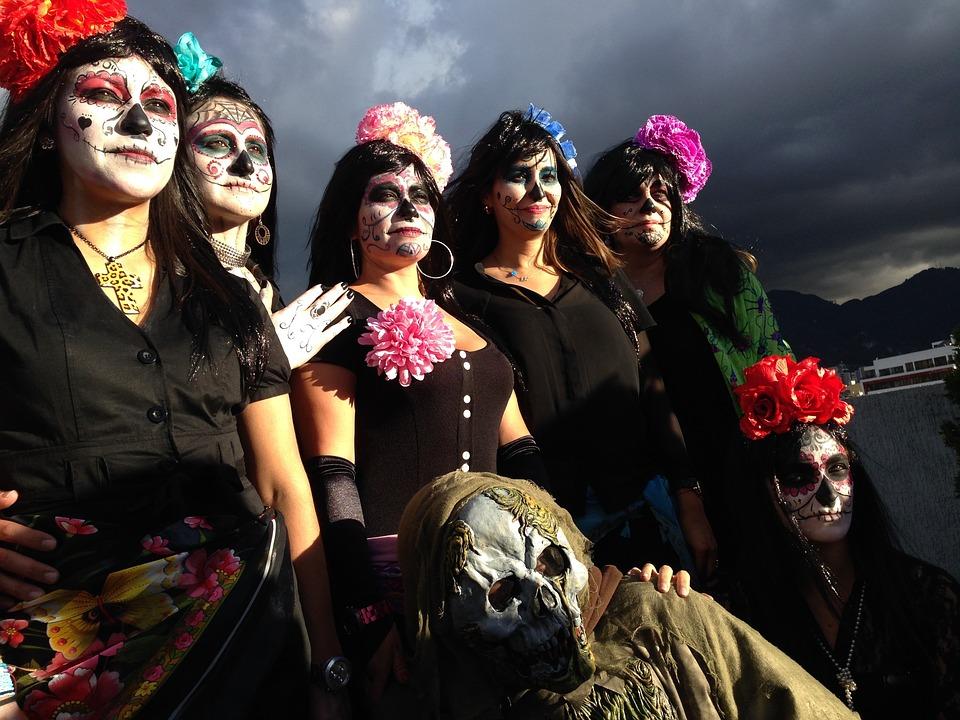 7 ярких примеров самобытной культуры Мексики. День мёртвых