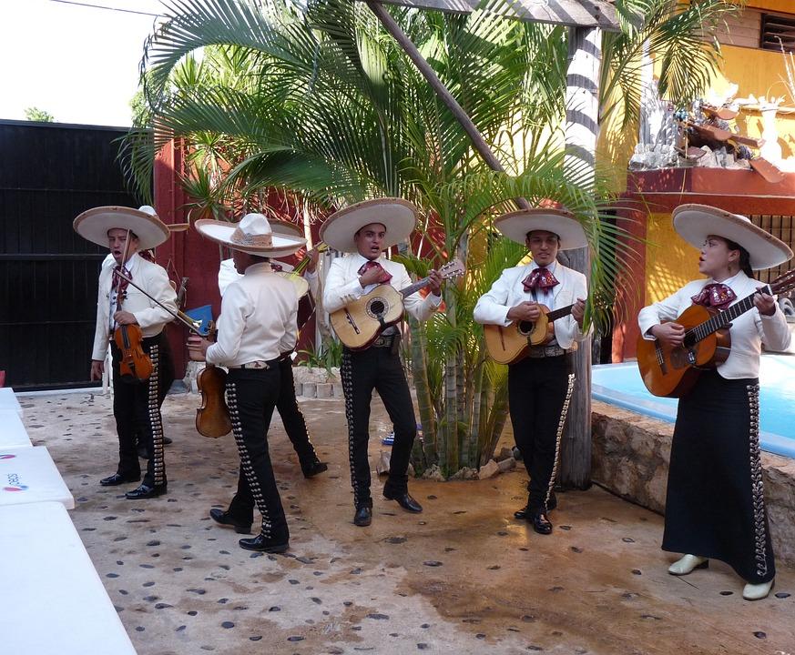 7 ярких примеров самобытной культуры Мексики. Мариачи1