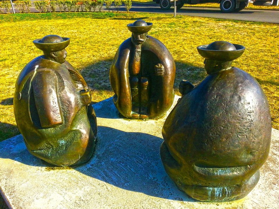 Венгрия СПА. Скульптуры