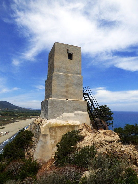 Сардиния. Башня