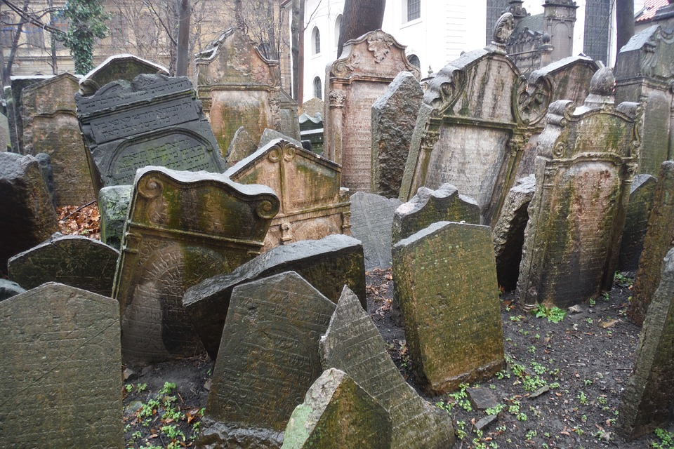 Прага.Кладбище