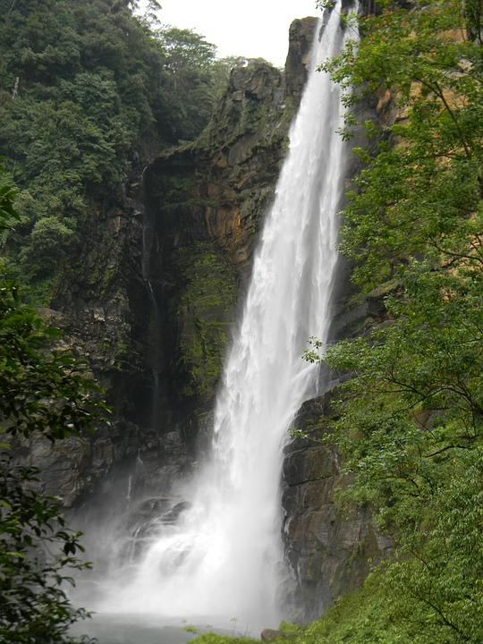 Шри-Ланка.Водопад