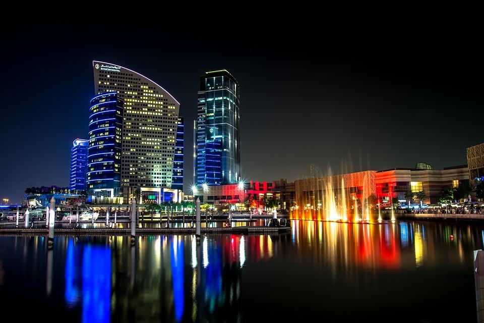 Дубай. Ночной