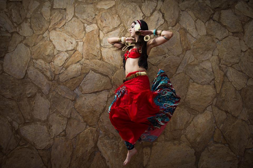 Дубай. Танец