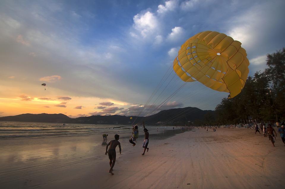 Таиланд. Парашют