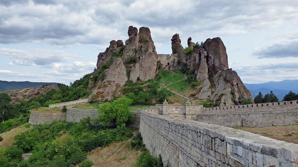 Болгария. Белоградчикские скалы