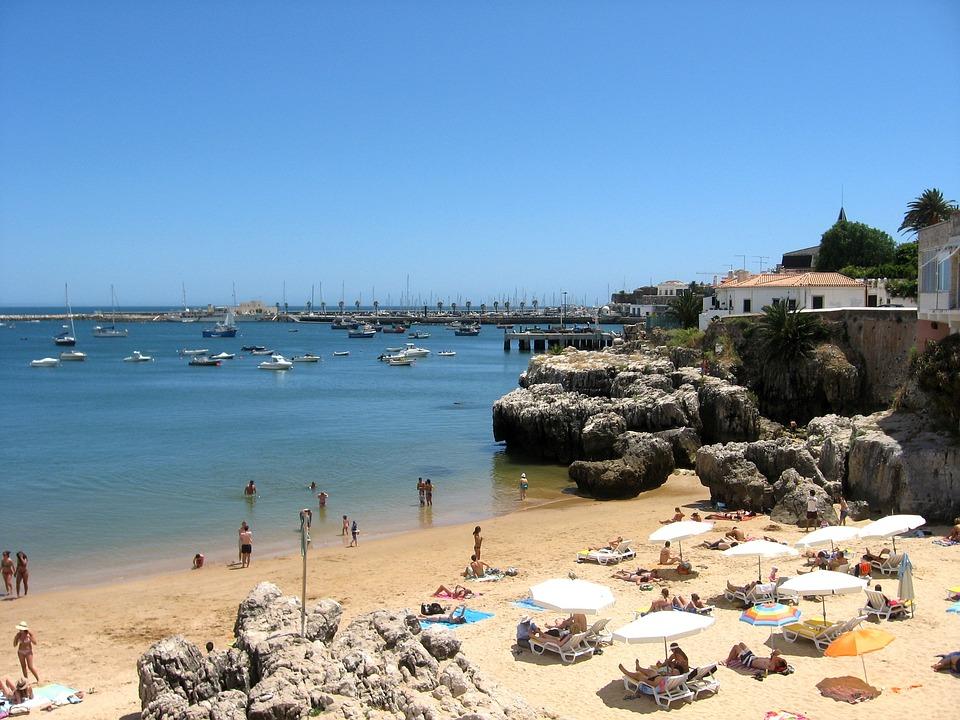 Португалия. Пляж Кашкайш