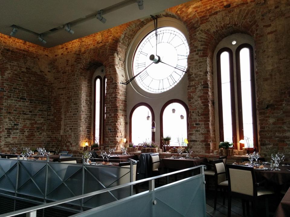Латвия. Ресторан